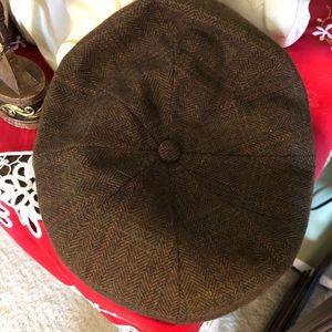 Men's Vintage Brown Page Boy Hat Size Medium $30